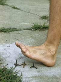 __B 03 FootSpike