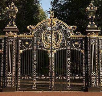 -driveway-gate-fence