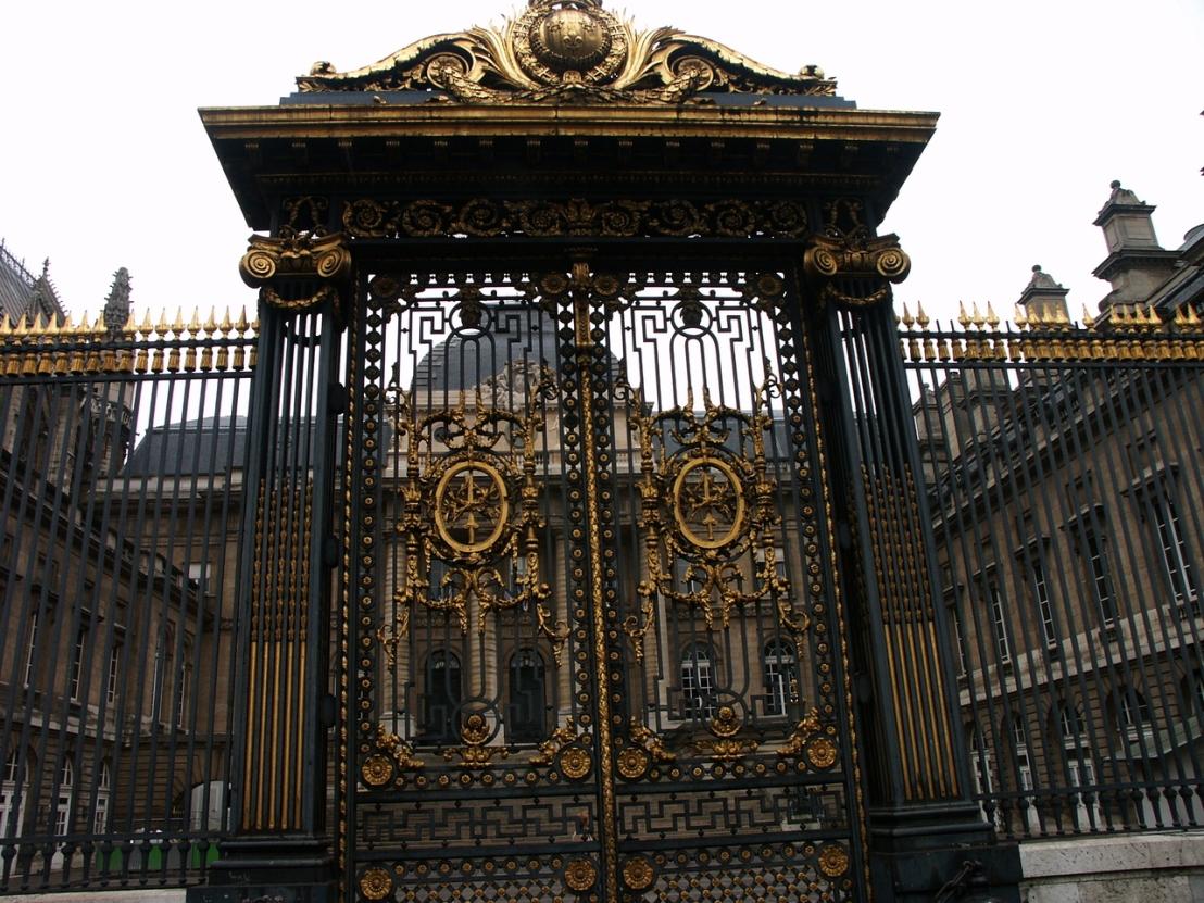 large-gates